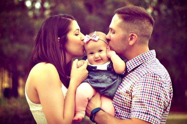 family-800-pexels-photo-377058